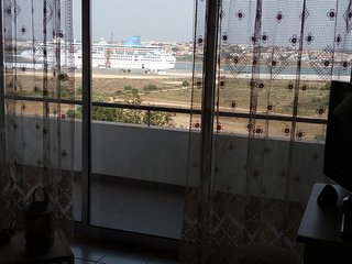 Wonderful VIEW+AIR COND+GARAGE Prime Location 5 min walk to the Beach, Praia da Rocha