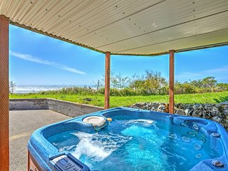 This 3-bedroom, 2-bathroom even has a hot tub when your tire of the ocean.