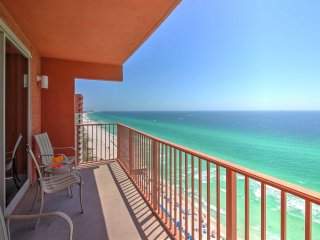 New! 1BR Panama City Beach Condo - Great Location!