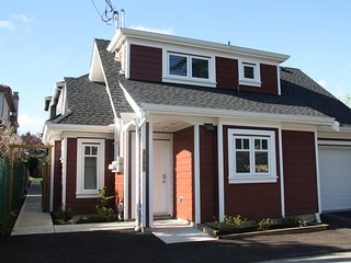 Vancouver Traveller Cottage