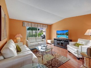 Chic Condo in Palm Springs Golf Course Community | Close to Downtown