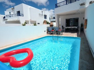 Marina Rubicon Villa in Playa Blanca, Private Pool, WiFi-  LVC209977