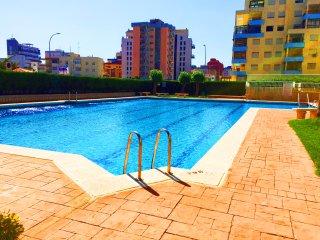 Hermoso Atico con piscina a unos pasos de la playa!