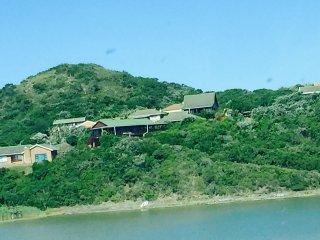 Mgwalana Beach Resort - Secluded Private Resort