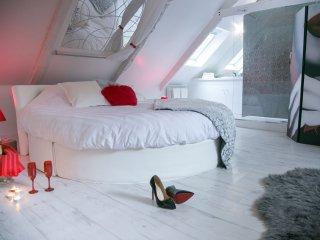 L'extase : Domaine glamour et privatise pour votre couple avec spa