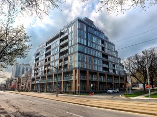Luxury furnished 2bd/2ba toronto view Condo(long term)