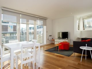 Two Bedroom 2 Bathroom modern apartments in vibrant Borough