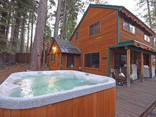 Inviting Tahoe Cabin with Hot Tub