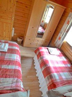 Bedroom 3  Twin room