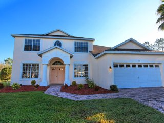 Lovely 5 bedroom 3 bath Highlands Reserve home 7 miles to Disney from $183nt