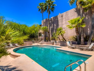 Completely Remodeled! Sonoran Oasis Furnished Vacation Rental in Ventana Canyon