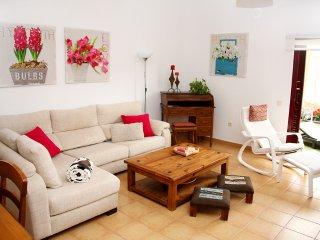 CASA TRANQUILITY Corralejo, sunny garden, very private, WIFI