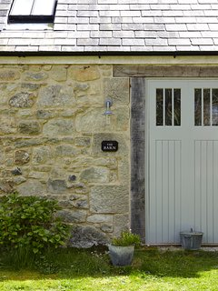 Entrance to the Barn at Buddle Place.