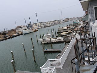 Beautiful Bay Front Condo with Boat Slip.