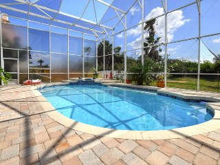$pecials - Luxury Pool Home - Steps From The Beach - 5BR/4.5BA - Oceanview #4772