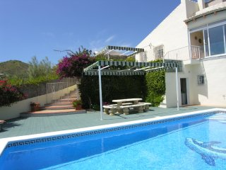 Casa Paraiso with views of Lake Vinuela & Mount Maroma. New on the Market 2017