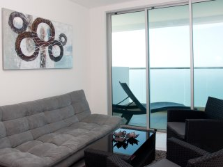 New Beachfront One Bedroom Condo, Cartagena