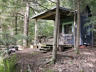 The Cabin on Chloe's Lake
