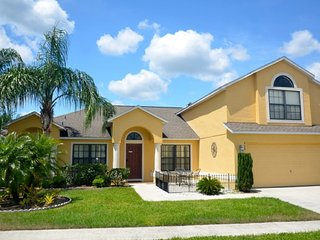 Well Priced, Comfortable 5Bed 3Bath home with private pool/spa from $123/night