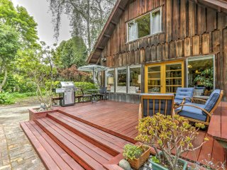 Aptos Home w/Patio & Grill - Walk to the Beach!