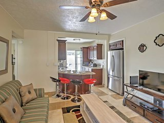 New! Cozy 1BR Honolulu Apartment - Walk to Beach!