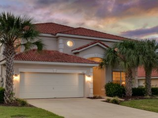 2 STORY SPACIOUS 6BED/5.5BATH  WITH PRIVATE POOL IN GATED RESORT COMMUNITY