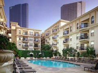1Bdrm Modern Lux Upgraded Apt DTLA!! Sleeps 6