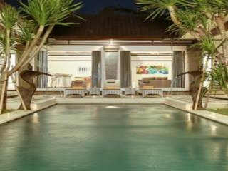Villa Aramis 2Bedrooms, Central Seminyak Eat Street, Private Pool, walk to beach
