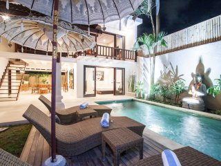 Villa Dayah central Seminyak, 3 bedrooms, stylish