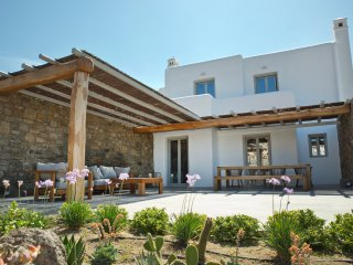 M Mykonos Villas | 4 Bedroom Villa with Sea View ( M THREE )