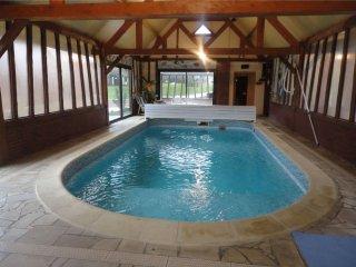 Belle et grande maison de Charme avec piscine, sauna, Jacuzzi
