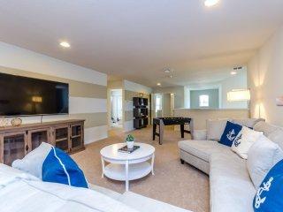 Best 8 Bedroom Villa Windsor Westside 8889QL