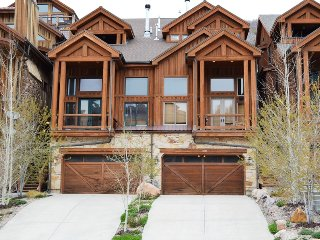Deer Valley Townhome, Walk to Main Street (202406)