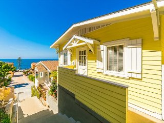 15% OFF DEC - Ocean Views, Newly Furnished, 1/2 Block to Ocean & Restaurants!
