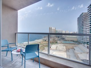 Modern Seaview apartment in a Prime location, Sliema