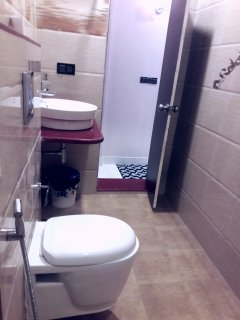 Clean Washroom and Toilet