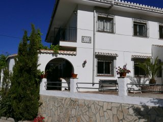Casa Deon - Spacious villa in Competa with Pool & free Wifi - Dogs Welcome