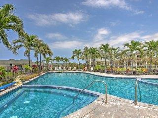 Tropical Kona Resort Townhome: Patio + Ocean Views