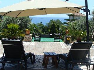 Gizia, elegant villa sea view  on Gaeta Gulf