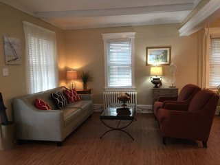 Pet Friendly 'Just Beachie' Newly Renovated Family Beach Home