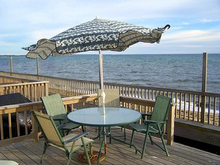 Cottage on Cape Cod Bay in Beach Point area, Truro Massachusetts