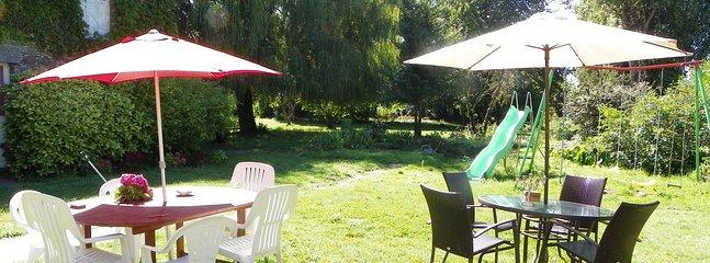 Mobilier de jardin, barbecue, toboggan, balançoire, maison d'enfants, baby foot, billard, ping pong