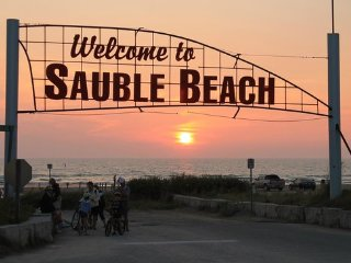Sauble Beach Downtown Getaway