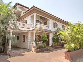 Homely 4-BR villa with a pool, close to Baga Beach, Arpora