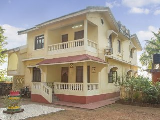 Well-appointed 2 BHK apartment, with popular beaches in the vicinity