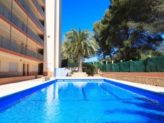 FLUROMAR 198:Nice apartment with a modern touch, located in the residential area