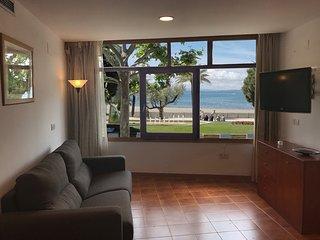 2006-AV.RHODE Apartamento con vista al mar