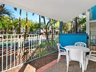 Blue Sky Apartments - Diamond Beach 2 Bed Poolside