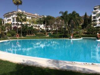 Apartamento de 2 habitaciones a 300 m. de la playa, Marbella