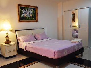 Spacious & Cozy Room - close to Beach and Central Festival Pattaya